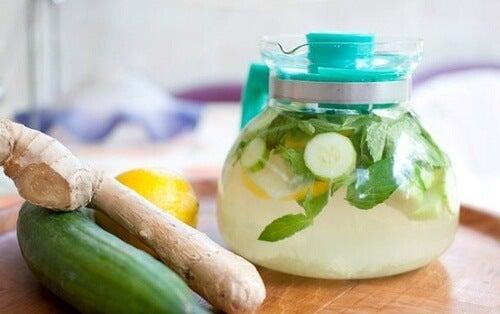 Băutura detoxifiantă pentru ficat şi pancreas. Cum se consumă