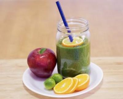 cura de detoxifiere smoothie)