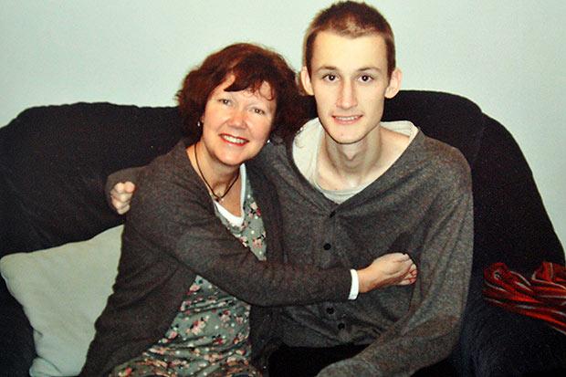 testicular cancer teenager)